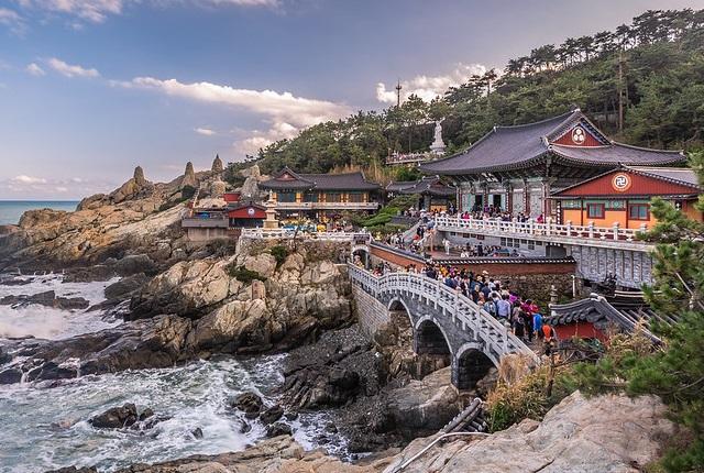 Busan-Haedong-Yonggungsa