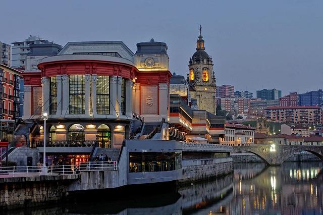 Mercado-de-la-Ribera-Que-ver-en-Bilbao