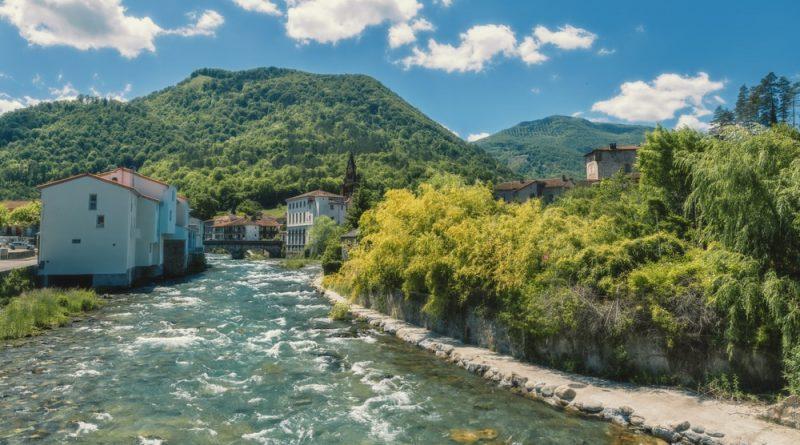 Quelle est la meilleure période pour voyager en camping-car en Ariège ?