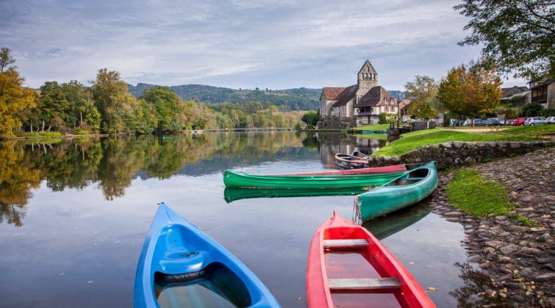 Los 8 lugares para practicar piragüismo en Dordoña